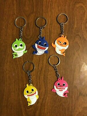 $9.99 • Buy Baby Shark Lot Of 5  Keychains New Daddy Mommy Grandpa Grandma Party Favor HOT