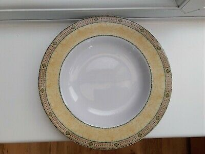 Wedgwood Home Florence Pasta/Soup Bowl 9  • 8£