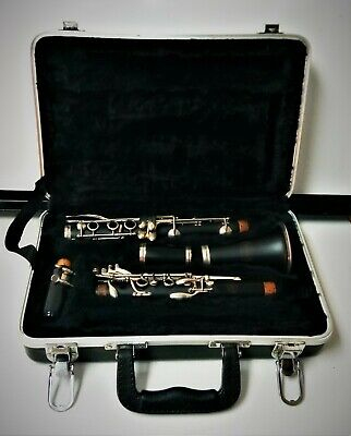 $175 • Buy Bundy Student Model Clarinet With Hard Shell Case Ready To Play