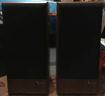 $250 • Buy PICK UP ONLY NO SHIPPING Infinity SM-112 3Way Floor Speakers ReFoamed SubWoofers