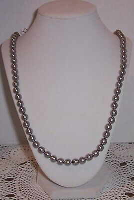 Joan Rivers   Grey Color  8mm Pearl Czech Glass Bead Necklace..30'' • 10.50$