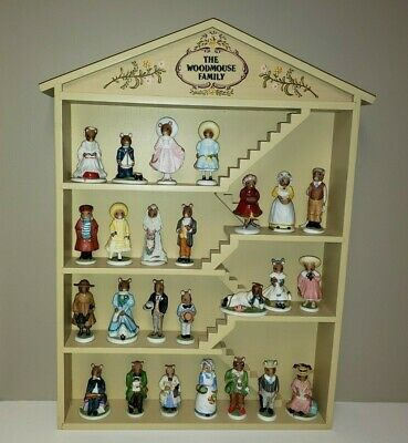 Franklin Mint The Woodmouse Family 25 Bisque Porcelain Figurines; Wood Display • 84.95$