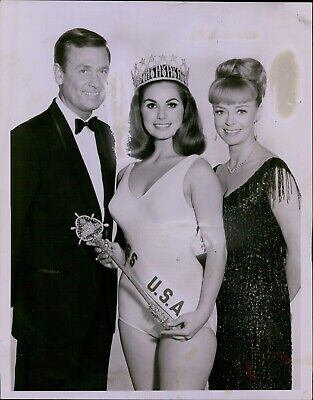 $7 • Buy LG740 '67 Original Photo SYLVIA HITCHCOCK Miss USA Beauty Pageant Queen Swimsuit
