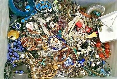 $ CDN43.97 • Buy Jewelry Vintage Huge Lot Now Junk Craft Box 3 + POUNDS Brooch Necklace Earring