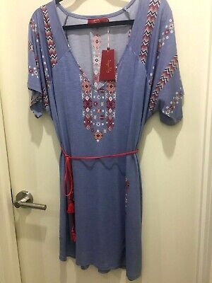 AU51 • Buy Brand New Blue Patterned Tigerlily Dress Size L