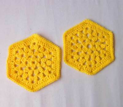 $7.99 • Buy Set Of 2 Yellow Hot Pads Crochet Trivets Kitchen Dining Table Decor Mats New