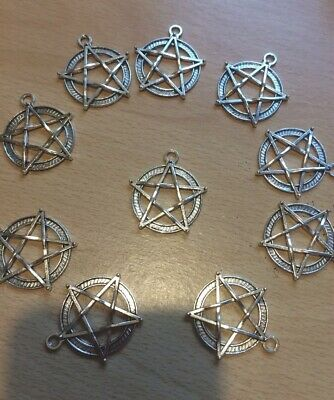 £2.75 • Buy 10 X Large Silver Pentagrams Charms 28mm Pagan Wiccan Charms