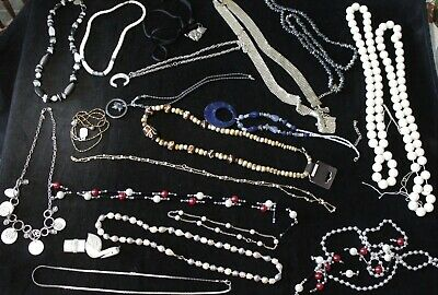 $ CDN16 • Buy Collection Of Vintage Necklace Costume Jewelry Lot 2