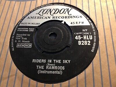 GARAGE SURF TRACK ORIG 1960 ' RIDERS IN THE SKY ' By THE RAMRODS LONDON MADE GB. • 4.99£