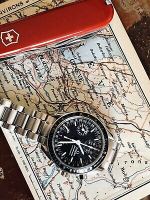 View Details Omega Speedmaster Mark 40 Men's Black Dial Triple Date Automatic M40 Watch + Box • 1,999.99£