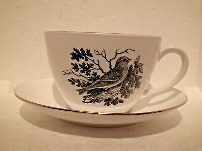Crown Staffordshire Breakfast Cup & Saucer  Bird Series By Thomas Bewick REDPOLE • 10.30£