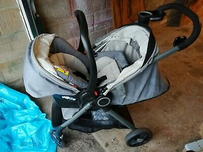 Graco Travel System • 40£