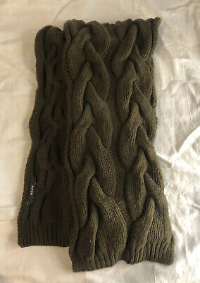 $89.99 • Buy BALLY  Scarf Chunky Cable Knit Olive Green Extra Long MADE IN ITALY MSRP $260