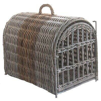 Two-tone Wicker Rattan Cat Pet Carrier Travel Basket • 94£