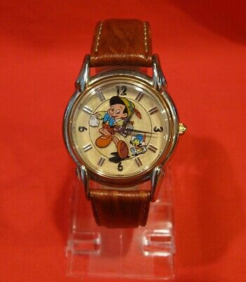 $125 • Buy RARE Really Hard To Find Disney FOSSIL PINOCCHIO WATCH Near Mint Running