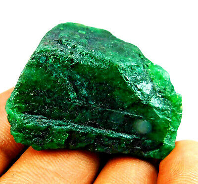135.25 Ct Colombian Green Emerald Rough Loose  • 5.79£