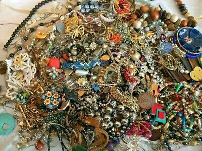 $ CDN65.16 • Buy Unsearched Jewelry Vintage Modern Big Lot Junk Craft Box FULL POUNDS Pieces Part