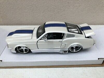 $19.95 • Buy Maisto 1:24 Classic Muscle 1967 Ford Mustang Gt Diecast Car