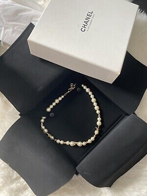 £845 • Buy Chanel Short Pearl & Stars Necklace