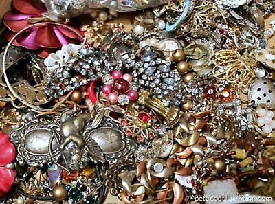 $ CDN40.03 • Buy Unsearched Vintage Modern Jewelry Junk Craft Lot Pieces Parts Brooch Necklace ++