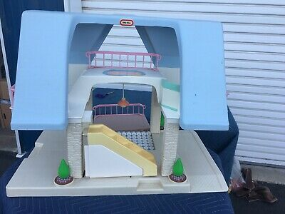 $29 • Buy Vintage 1990's Little Tikes Large Blue Roof Dollhouse USA