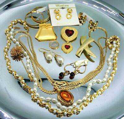 $ CDN29.68 • Buy LOT 12 Vintage Earring Brooch Necklace  Some Signed