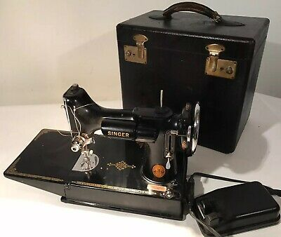 $399 • Buy Vintage 1941 Singer 221 Featherweight  Portable Sewing Machine Working W/case