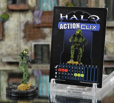 Halo ActionClix #050 Master Chief With Dual SMG's W/ Card WizKids • 6.99£