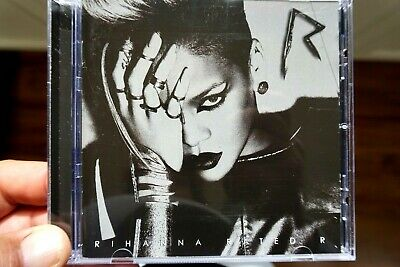 AU12 • Buy Rihanna - Rated R  -  CD, VG
