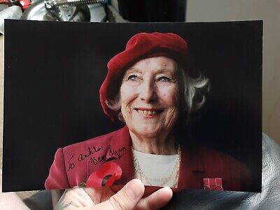 £15 • Buy Vera Lynn Dedicated Signed Autographed 6x9 Picture