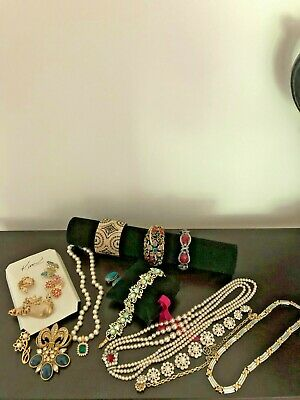 $ CDN20.43 • Buy Vintage Costume Jewelry Lot Rhinestones Some Are Signed