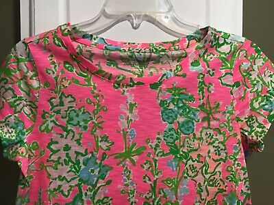 $25 • Buy LILLY PULITZER Pre-0wned Short Sleeve Top Floral Print Small