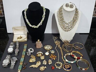 $ CDN42.22 • Buy Huge Vintage Estate To Now Jewelry Lot Some Signed Trifari Napier Etc