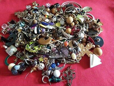 Joblot Jewellery Old Earring Parts And Beads 900 Grams Craft  Repurpose • 4£