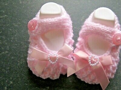 CUTE PAIR HAND KNITTED BABY SHOES In PINK With PINK BOW  Size 0-3 MONTHS (2) • 3£