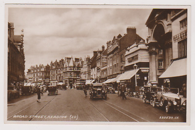 Broad Street - Reading - Lots Of Old Cars - Berkshire - Rp - Postcard • 6.75£