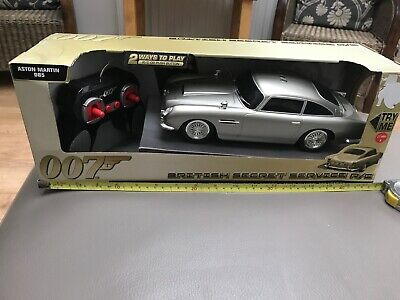 James Bond Car Collection R/C Aston  Martin 50 Years DB5 With All Electrics • 45£
