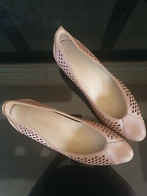 AU50 • Buy Ziera Tan Leather Wood Wotk Heels Ladies Shoe Size 40.5 / 9.5