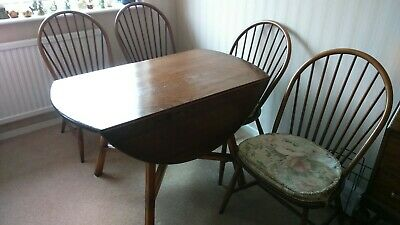 Ercol Extending Dining Table And Chairs • 250£