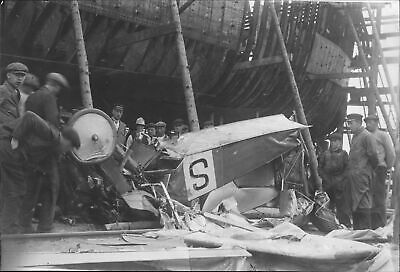 £5.13 • Buy People Gathered Around Enoch Thulin's Crashed Aircraft In Landskrona 8x10 Pho