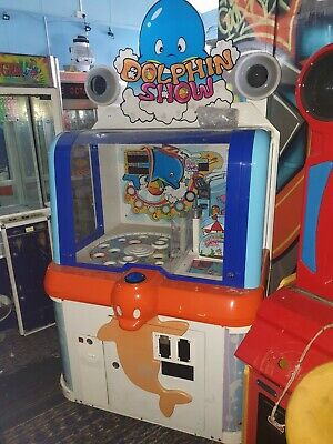 Coin Operated Dolphin Show Arcade Machine • 750£
