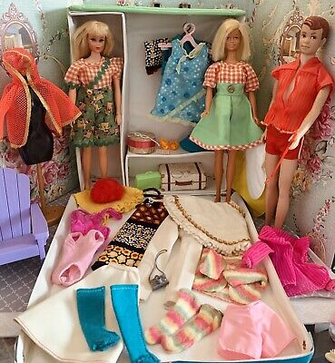 $ CDN60.77 • Buy Vintage Barbie Francie & Friends Case With Clothes & Accessories Lot