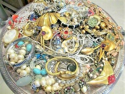 $ CDN62.71 • Buy Unsearched Jewelry Vintage Modern Big Lot Junk Craft Box FULL POUNDS Pieces Part