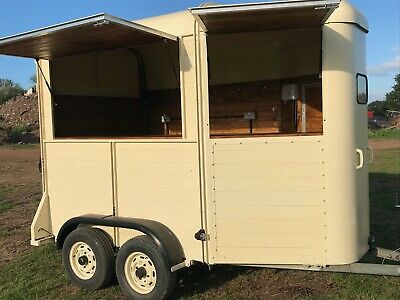 Horse Box Catering Trailer, Coffee, Prosseco, Gin, Smoothie Bar Ifor Williams • 7,500£