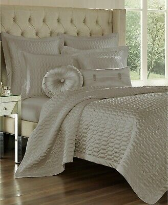 $ CDN124.23 • Buy J Queen New York Satinique Quilted Geometric Shimmering Coverlet - KING - Silver