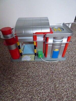 Sorting Office Postman Pat With Helicopter Pad 2008 • 8.99£