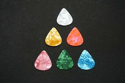 $ CDN3.85 • Buy  6pcs Guitar Picks Celluloid Plectrum Assorted Colors (3X Thin 2X Med 1X Heavy)