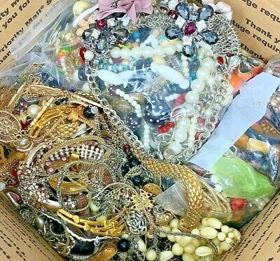 $ CDN4.28 • Buy Unsearched 2+ Pounds Vintage Now Jewelry Junk Craft Lot Parts Necklace Brooch