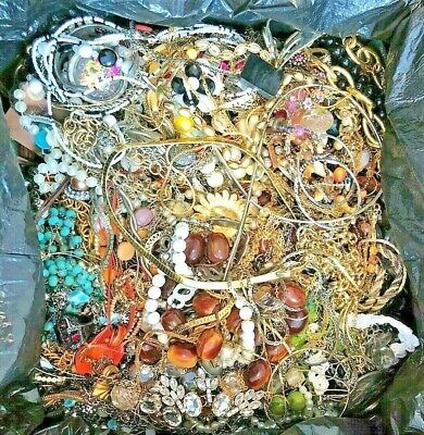 $ CDN2.97 • Buy Unsearched 2+ Pounds Vintage Now Jewelry Junk Craft Lot Parts Necklace Brooch