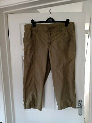 Ladies TU Cropped Khaki Green Trousers Size 16 • 4.50£